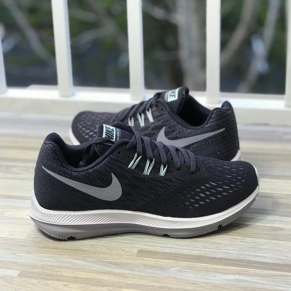 NWT Nike Zoom Winflo 4 Wild Gray WMNS